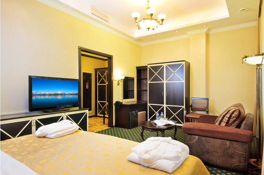 Отель Троя.
