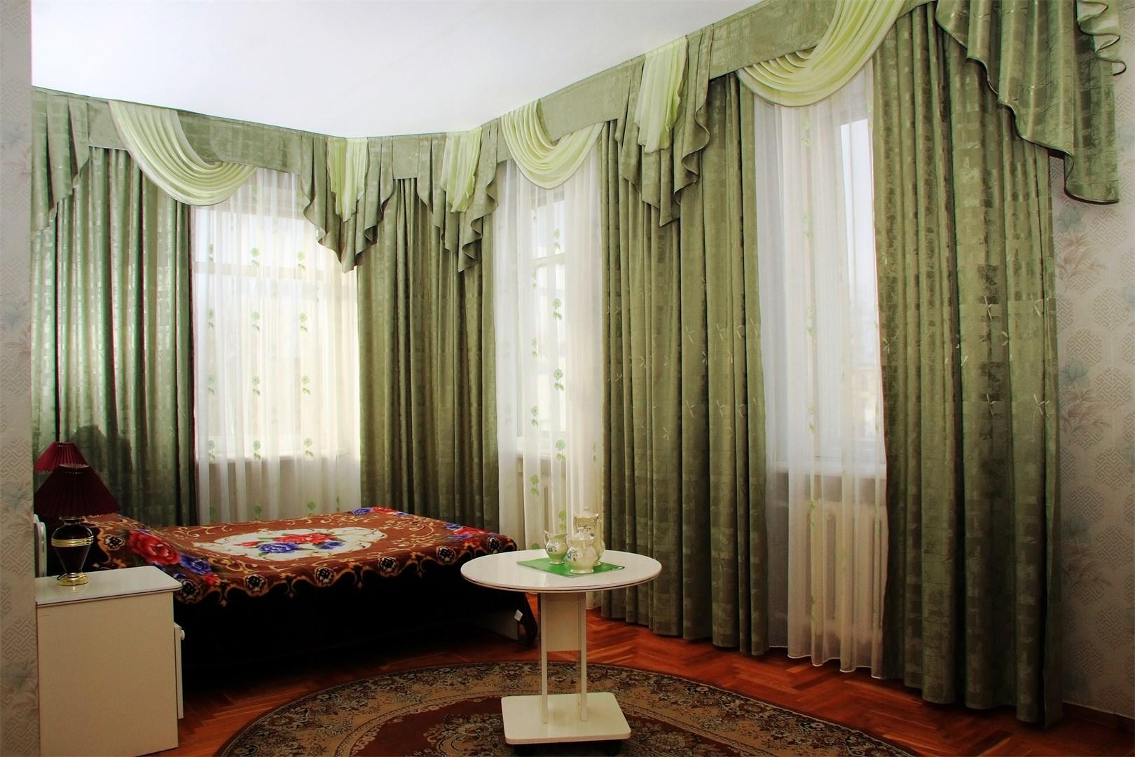 Отель Якорь.