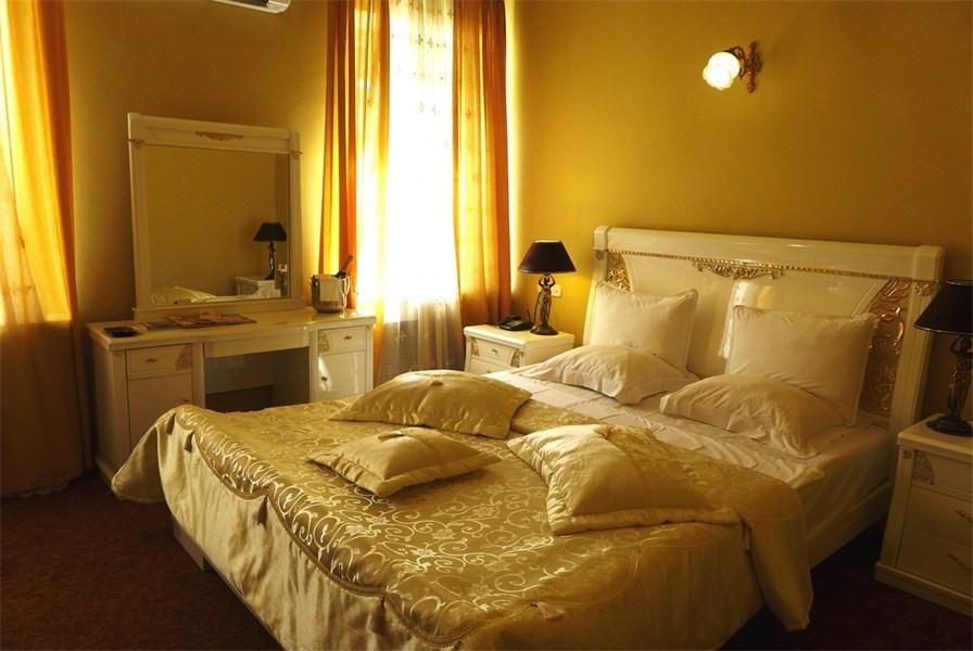 albergo Prestige.