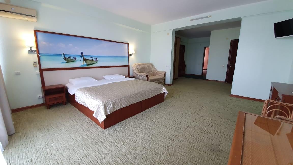 Отель Форт Нокс.