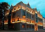Отель Lancaster Court